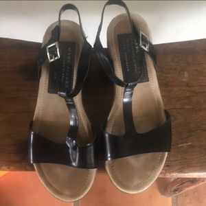 Beautiful black patent leather 36.5 Marc Jacobs